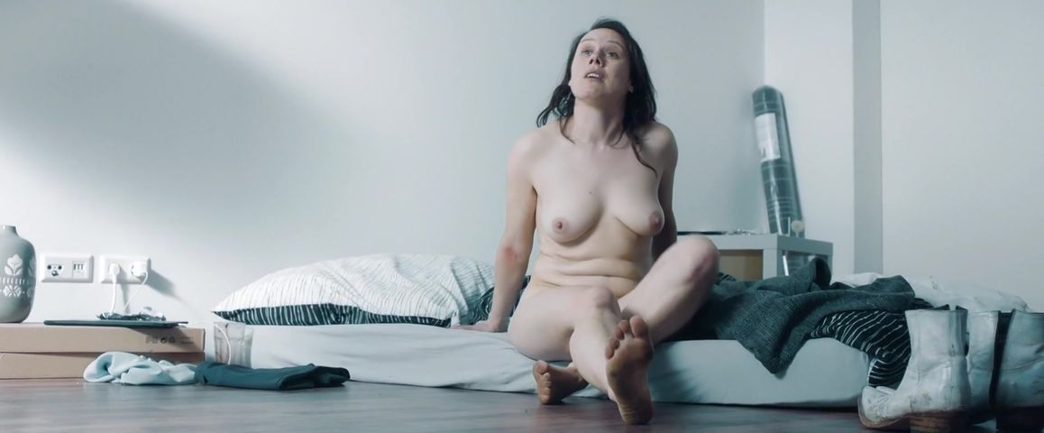 Nackt eva lobau Eva Löbau